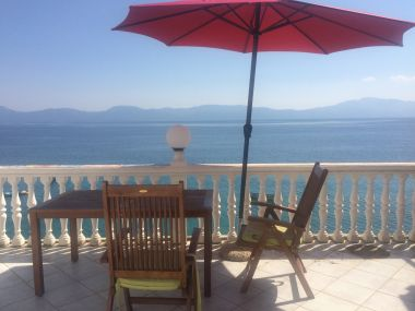 Apartmanok Inga - right at the beach: A1(2+3) Brist - Riviera Makarska